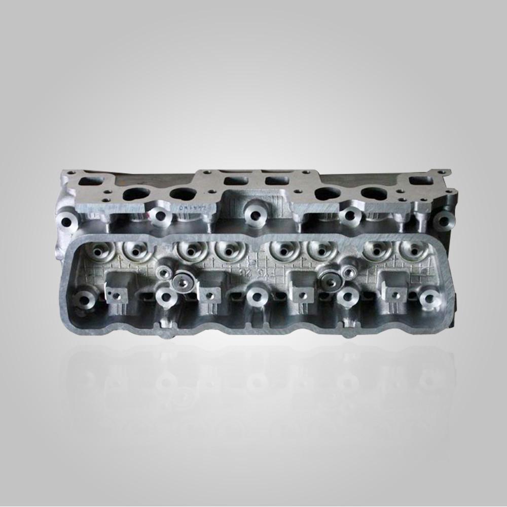 Головка блоку циліндрів двигуна Nissan K25 №11040-FY501