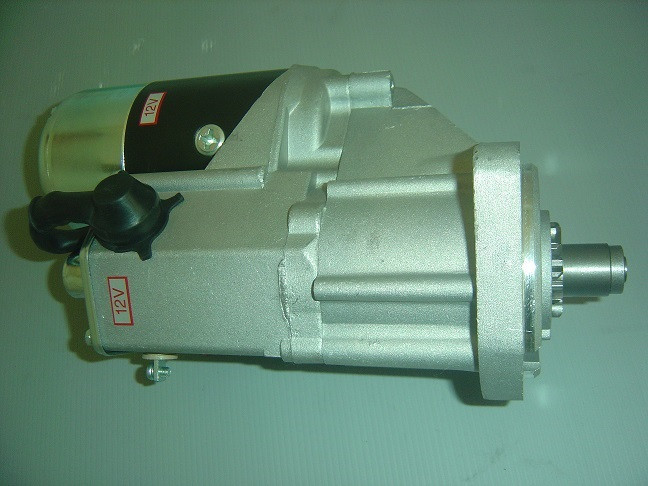 Стартер двигателя   KOMATSU 4D95 № 6008131420