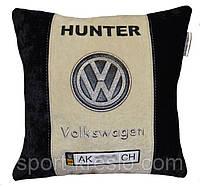 Сувенирная подушка в машину с маркой авто WV