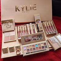 Подарочный набор косметики Kylie Jenner  (реплика)