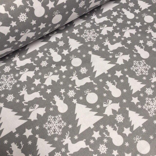 Ткань серого цвета с снеговиками, елками и оленями №783