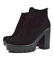 Шикарные черные зимние женские замшевые ботинки на каблуку Paolo Gianni на меху ( шерсть )