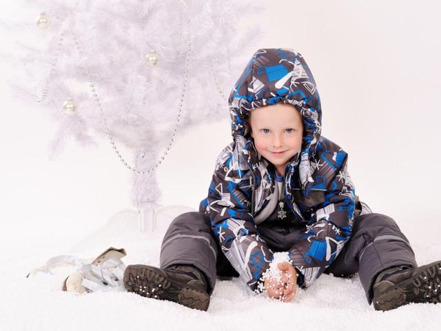 Детские куртки осень-весна и зимние комбинезоны