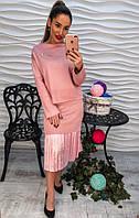 Стильный розовый женский костюм.