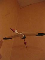 Деревянный аист, подвесная игрушка