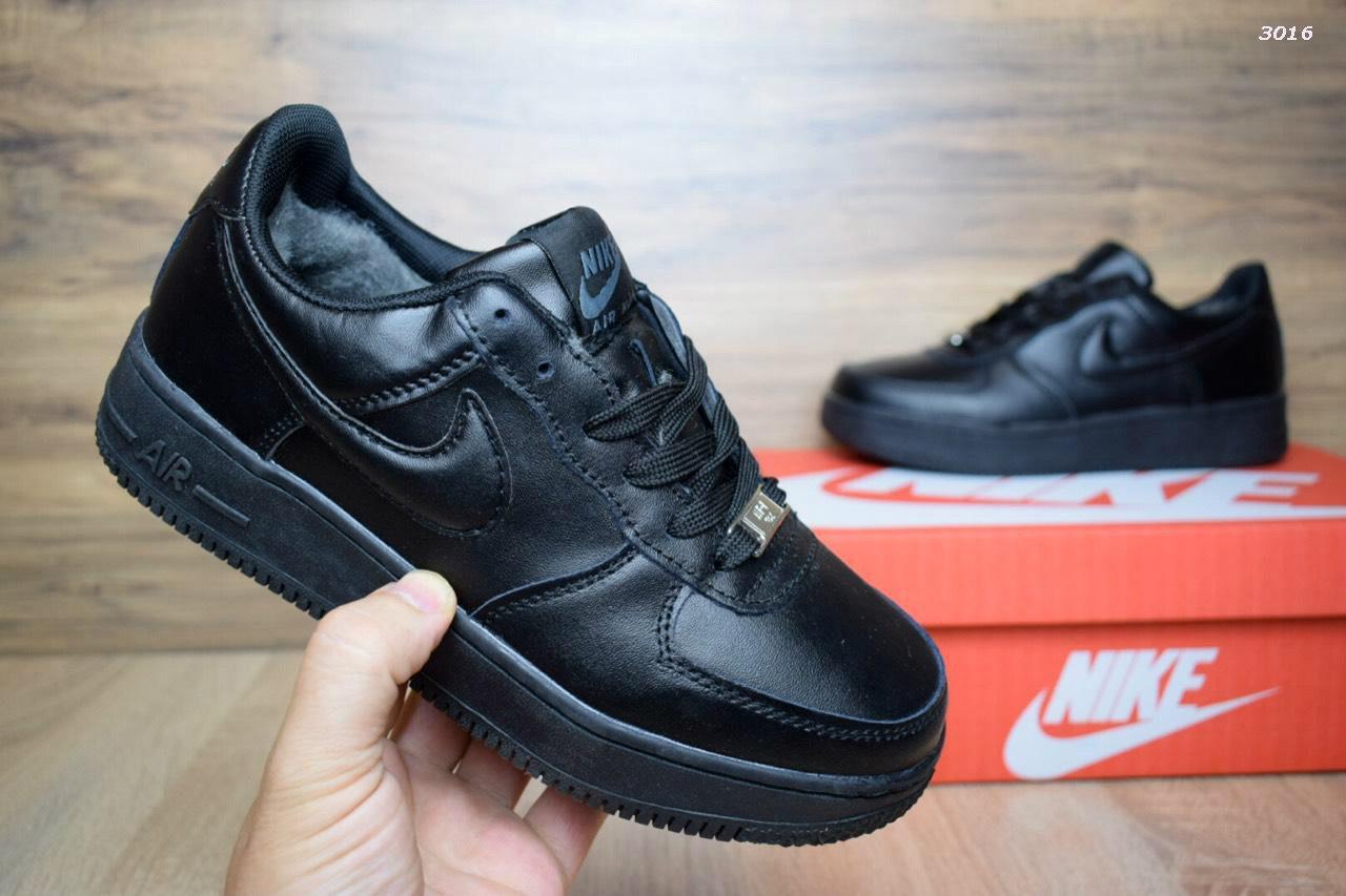 Женские зимние кроссовки Nike Air Force Black