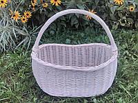 Плетеная корзина из лозы