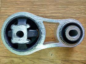 Подушка двигуна (верхня права) Renault Trafic, Opel Vivaro 1.9, 2001-2006 Metalcauho 04448