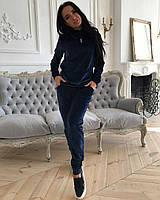 Женский спортивный костюм велюровый