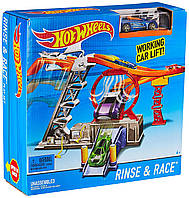 Хот Вилс Машинка и Лифт с автомойкой Hot Wheels Rinse & Race