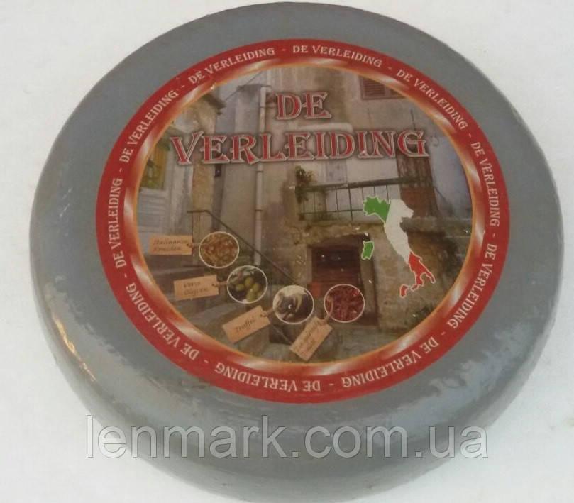 Сыр DE VERLEIDING с трюфелем, итальянскими травами, вялеными томатами, оливками и маслинами