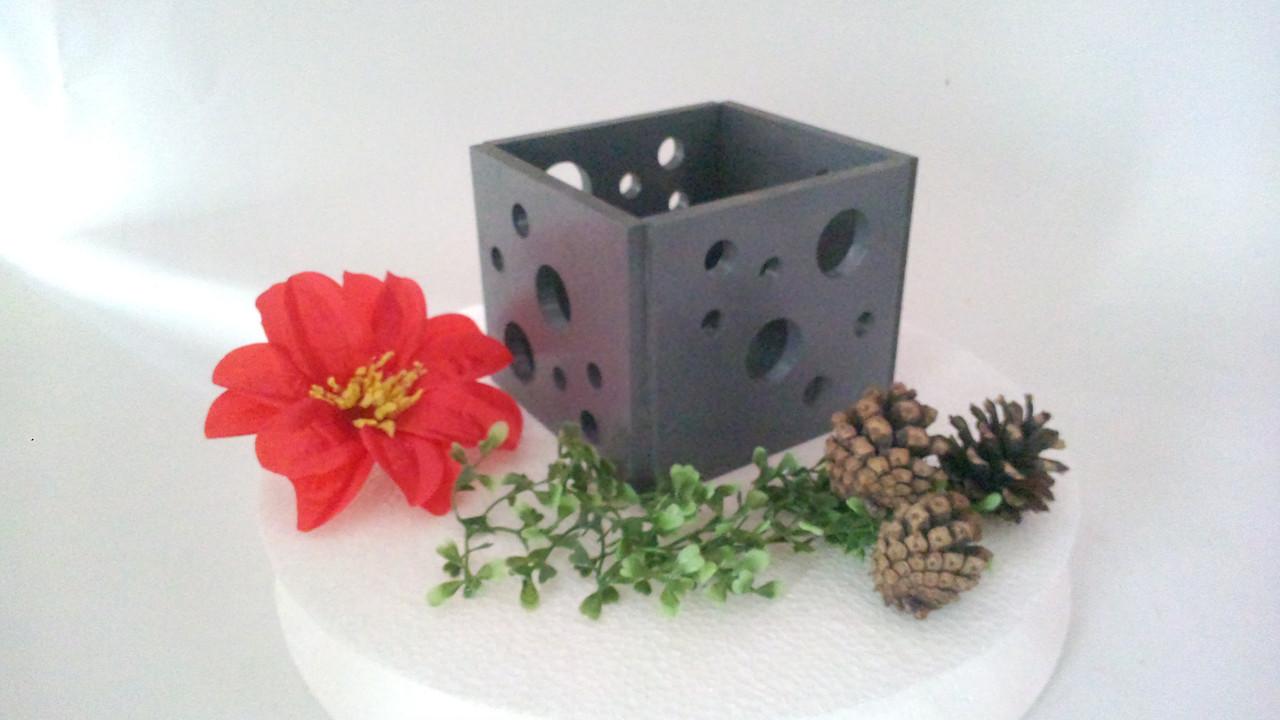 Подсвечник декоративный средний серый