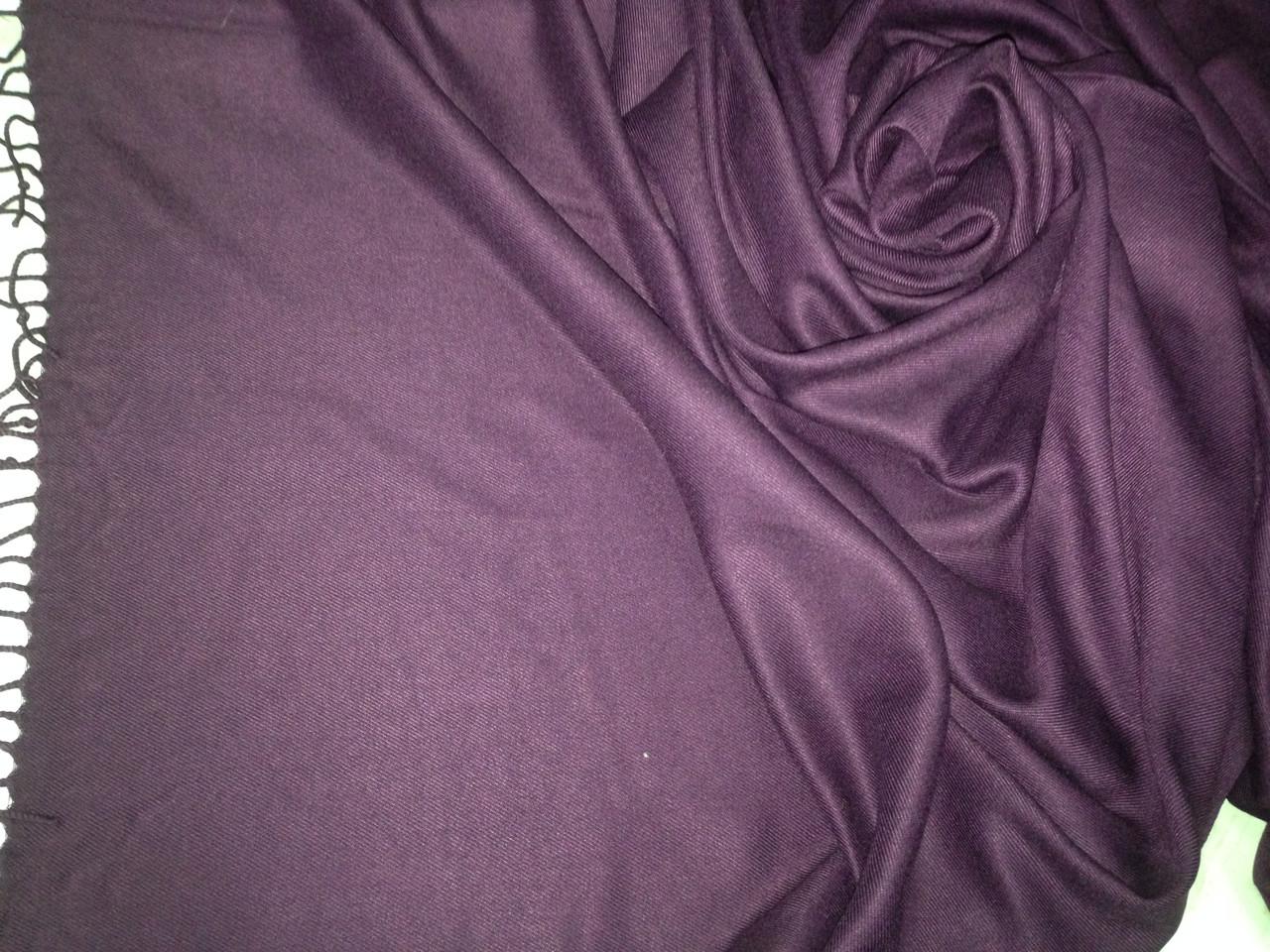 Однотонный  палантин с бахромой цвет фиолетовый