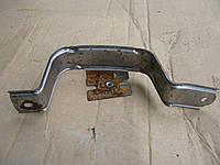 Кронштейн ручки задней правой двери 82952 9U12A Nissan Note 2005-09