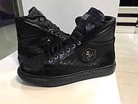 Зимние мужские  ботинки Philipp Plein пресс кожа,подошва полиуретан,прошиты,подкладка флис Италия