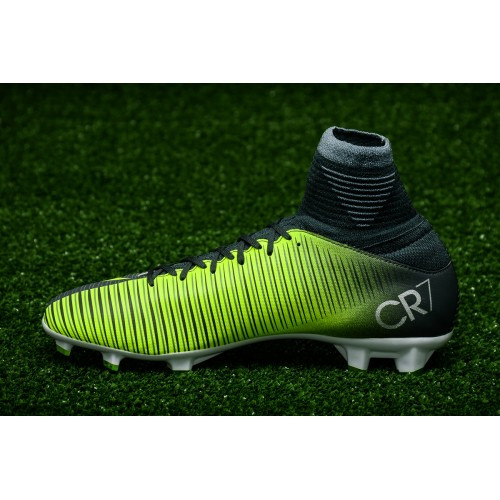 Футбольные бутсы Nike Mercurial Superfly V CR7 JR FG