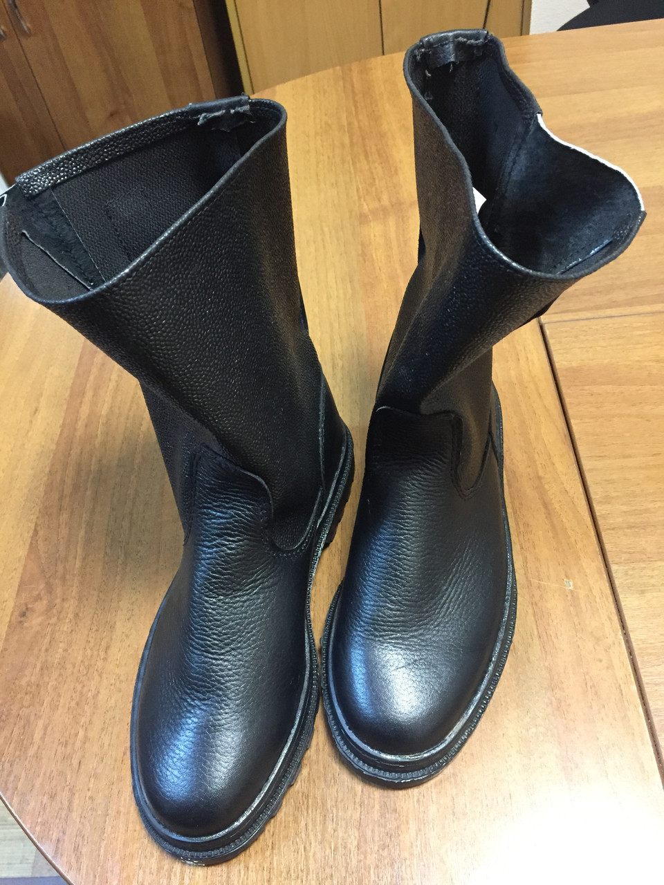 Пошив рабочей обуви в Украине