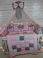 Бортики,захист в ліжечко+постільна білизна+балдахін+одіялко із лоскутків+конвертик 1397