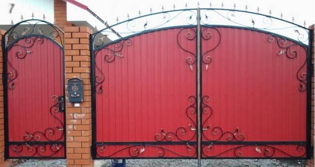 Запущено собственное производство металлоконструкций для дома и сада из кованных элементов 9