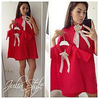 Платье с цветочком и воротничком