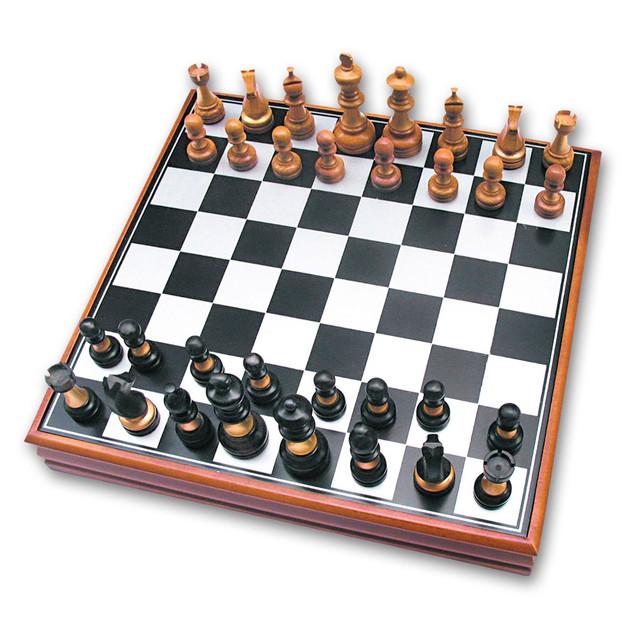Шахи, лото, доміно