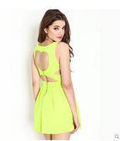 Платье с вырезом сердечком на спине, салатовое
