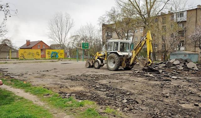 Строительство спорт площадки 2