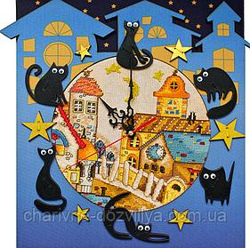 Набор для вышивания(часы) Кошкин дом