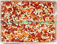 "Смесь ""Овощное рагу"" ( морковь кубик, кабачок кубик, перец кубик, томат, лук, горох, баклажан)  замороженная"