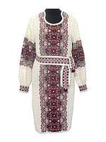 Вязаное женское платье с красным узором