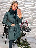 Красивое теплое пальто с мехом и брошью, на синтепоне