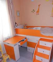 Кровать-чердак Школьник молочный дуб + оранж