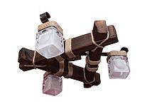 Люстра из дерева потолочная с тремя стеклянными плафонами