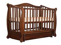Детская кроватка  ЛЯЛЯ с резьбой, шарнир-подшипник, ольха, откидная боковина, ящик