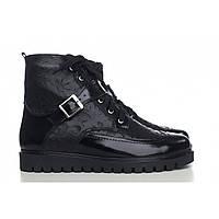 Демисезонные лаковые ботинки