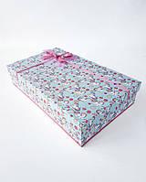 Прямоугольная большая подарочная коробка ручной работы бирюзового цвета с единорогами