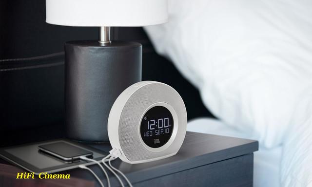 JBL Horizon White Speaker in Badroom