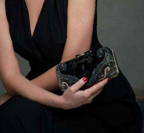 Черный вечерний клатч картинка