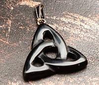 """Кулон """"Трилистник"""" Черный Агат (3,5х3,5х0,5 см)"""