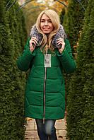 Зимняя куртка женская с опушкой модная