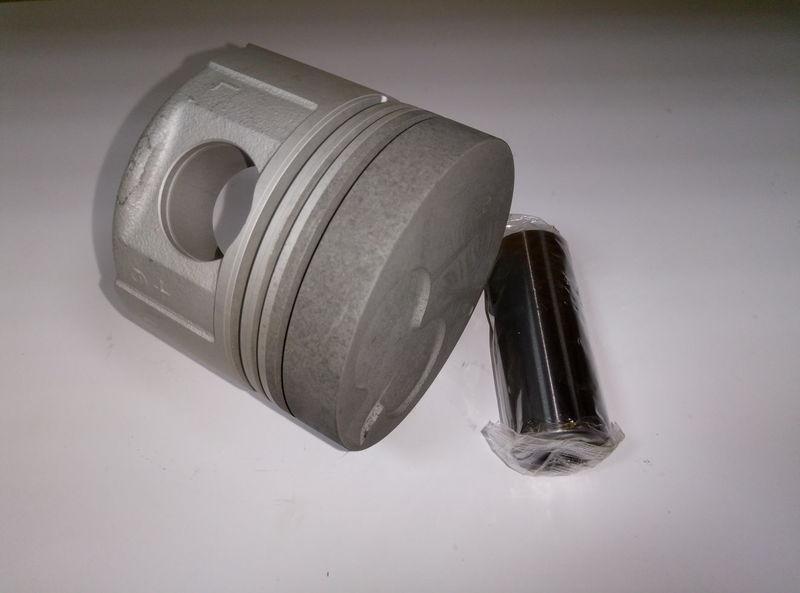 Поршень двигателя TOYOTA 1DZ +1,00 № 13105-78202-71