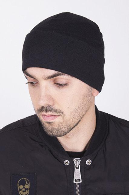 Мужская шапка тёплая черная