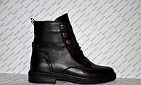 Ботинки осенне-весенние женские из натуральной кожи черные на шнуровке и с заклепками