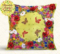 Подушка. Цветы и бабочки
