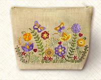 Набор-Косметичка для вышивки нитками. Луговые цветы