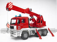 Игрушка Bruder пожарный автомобиль с краном М1:16 (02770)