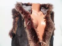 Жилет кожаный женский, цвет коричневый, окантовка серый пушистый кролик