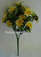 Искусственный куст ромашки с желтыми цветами -пластик