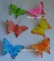 Набор блестящих декоративных бабочек из перьев на магните(1набор-6 шт)
