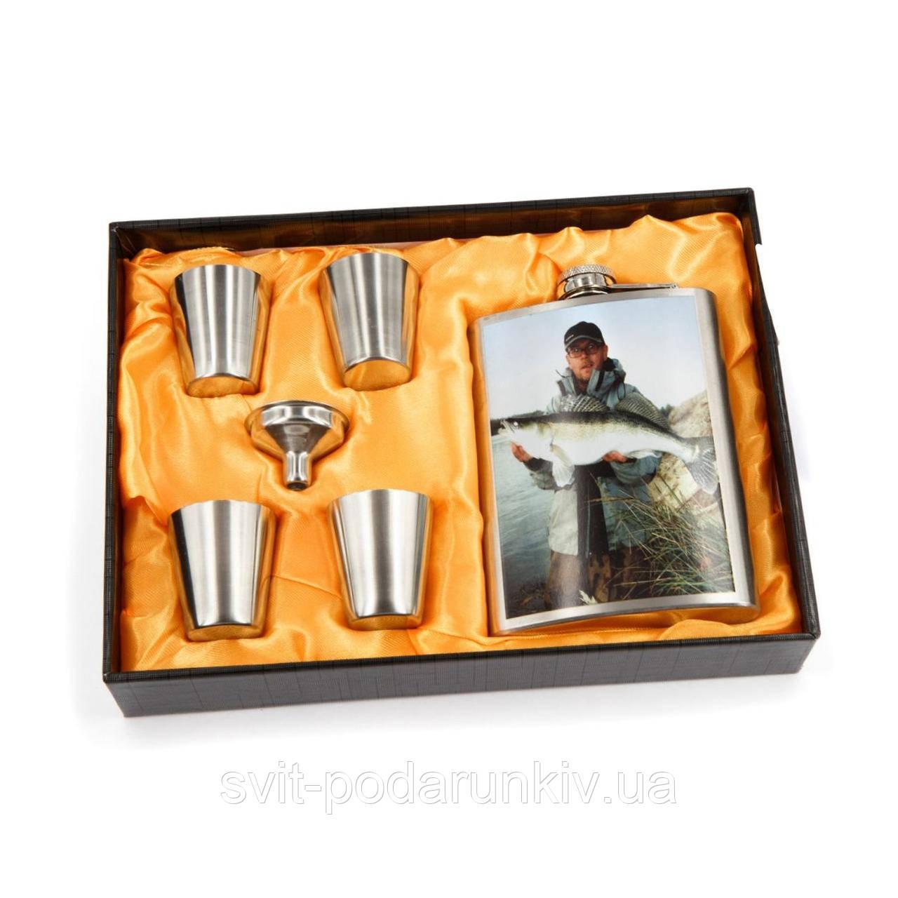 Фляга для алкоголя и рюмки для рыбака AS141